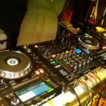 インカレ 学生イベント DJで盛り上げる