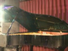 音部屋スクエア グランドピアノ
